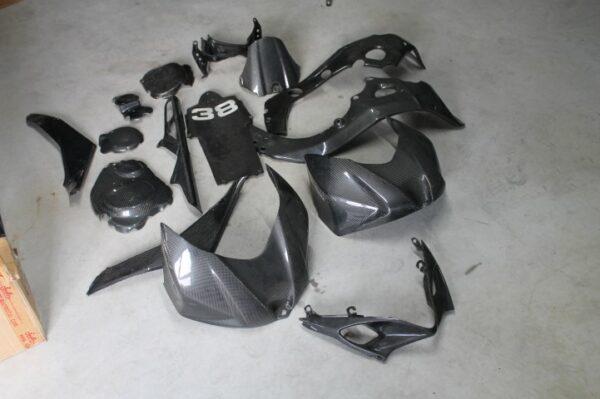CARENAGENS EM CARBONO SUZUKI GSX-R 1000